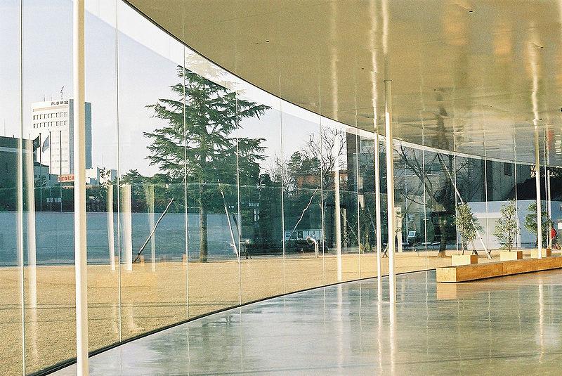 800px-Kanazawa_21st_Century_Museum.jpg