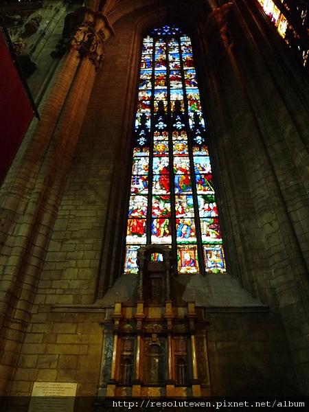 DAY 2 米蘭-多摩大教堂28.JPG