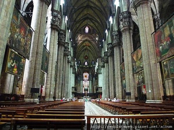 DAY 2 米蘭-多摩大教堂7.JPG