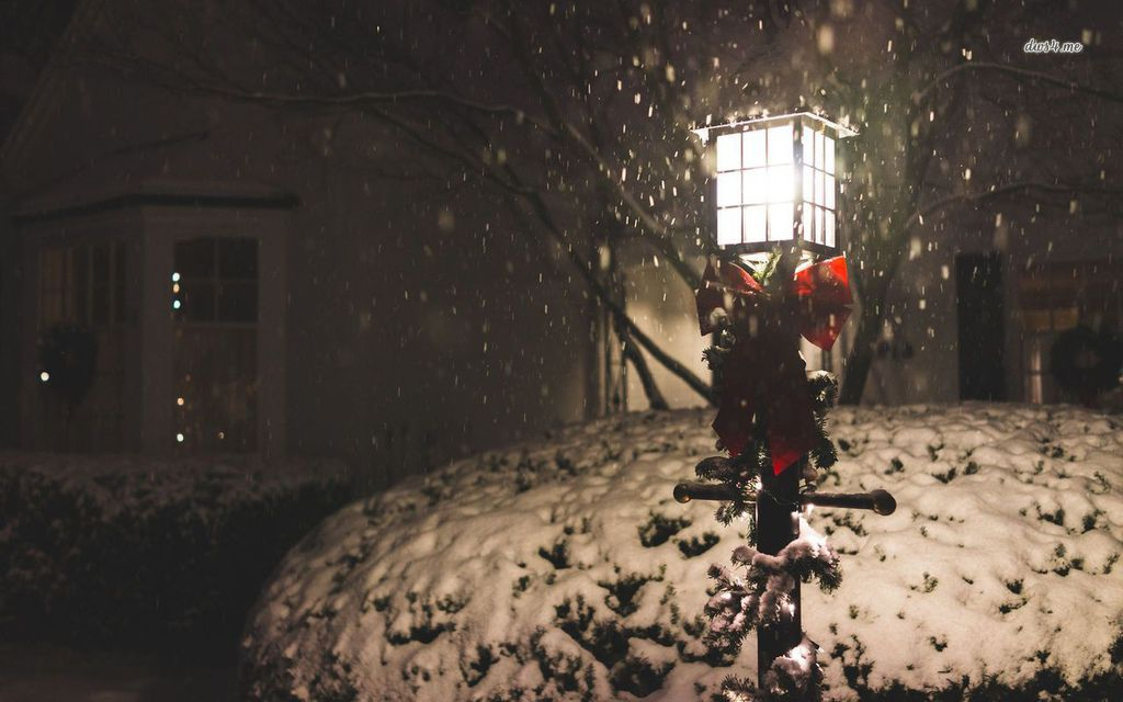 23172-street-lamp-in-the-snow-1280x800-photography-wallpaper