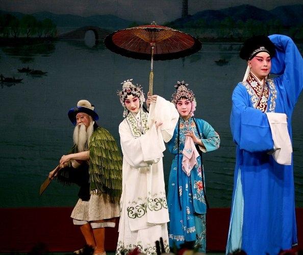 peking-opera-baishezhuan-s2-mask9