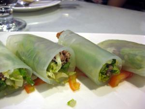 2東方涼粉牛肉捲1.JPG