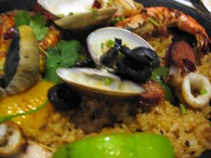 3西班牙海鮮烤飯1.JPG