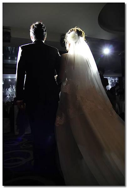 結婚進場.jpg