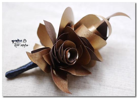 古銅金新郎胸花