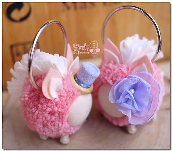 粉色毛線球馬兒鑰匙圈02.jpg