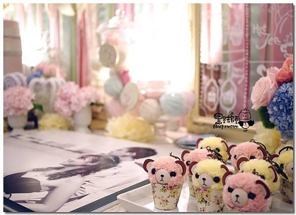 甜點風x紙花 婚禮佈置  相簿桌 10.jpg