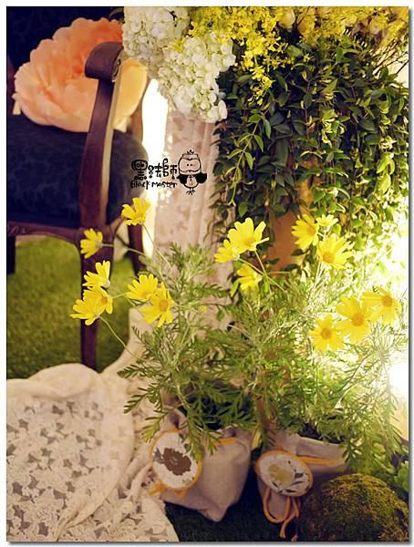 清新黃綠x紙花森林風 婚禮佈置 拍照區02.jpg