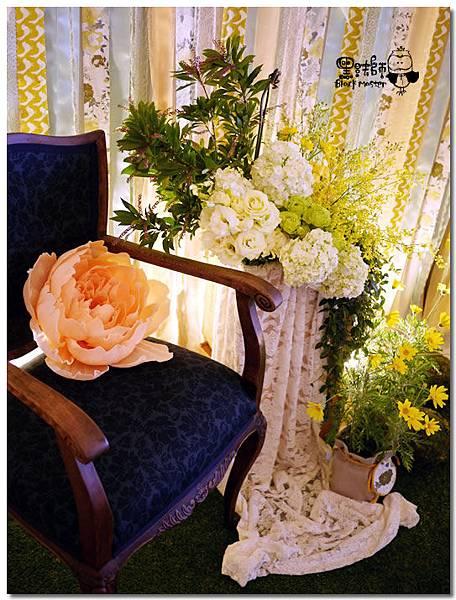 清新黃綠x紙花森林風 婚禮佈置 拍照區05.jpg