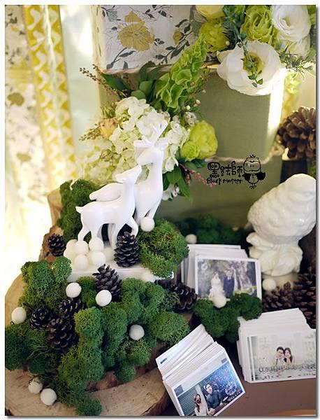 清新黃綠x紙花森林風 婚禮佈置 相簿桌06.jpg
