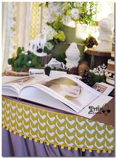 清新黃綠x紙花森林風 婚禮佈置 相簿桌11.jpg