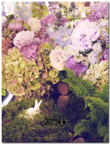 紙花x紫色森林風 婚禮布置 相簿桌03.jpg