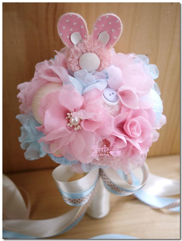 粉色兔子毛線捧花  佩芬02.jpg