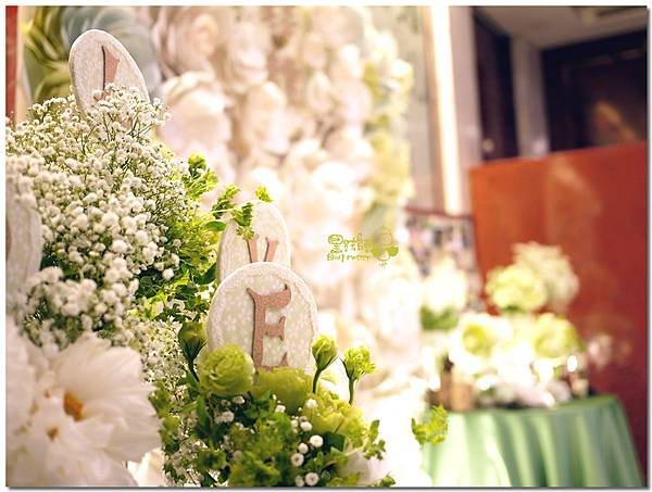 白綠色調X清新自然風婚禮 收禮桌03.jpg