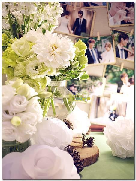 白綠色調X清新自然風婚禮 相簿桌02.jpg