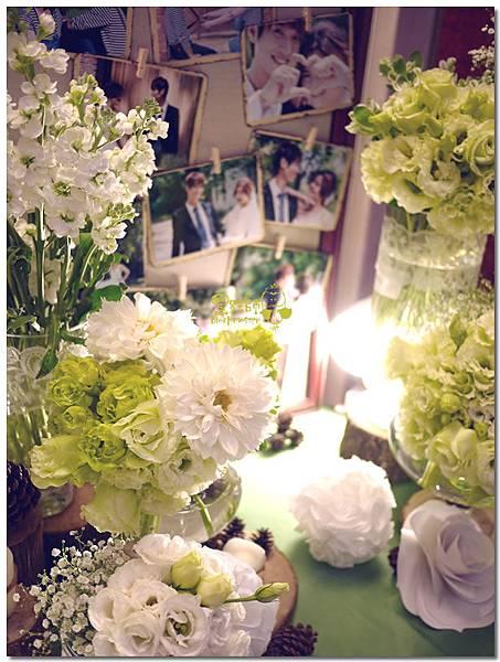 白綠色調X清新自然風婚禮 相簿桌06.jpg