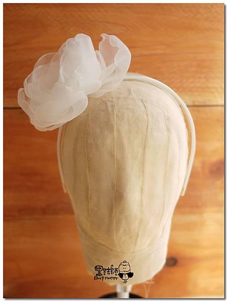 白色紗花髮箍02.jpg