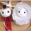 貓咪新郎胸花與新娘手腕花.jpg