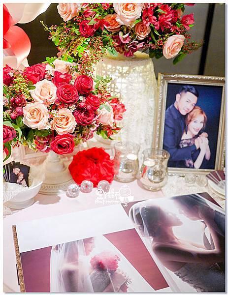 粉膚X紅色 紙花婚佈 相簿桌 Ivy & Chris 02.jpg