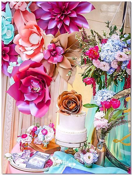 粉桃藍金色調的燦爛典雅紙花婚禮 相簿桌 耿嘉%26;艾倫 03.jpg