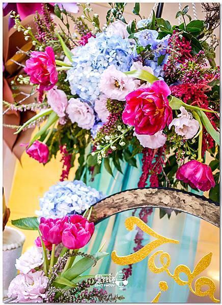 粉桃藍金色調的燦爛典雅紙花婚禮 相簿桌 耿嘉%26;艾倫 01.jpg
