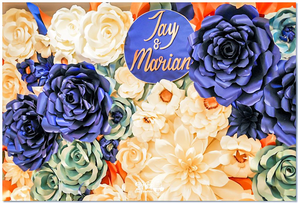 寶石藍X閃耀金 沉穩時尚華麗紙花婚禮 Jay%26;Marian 紙花牆01.jpg