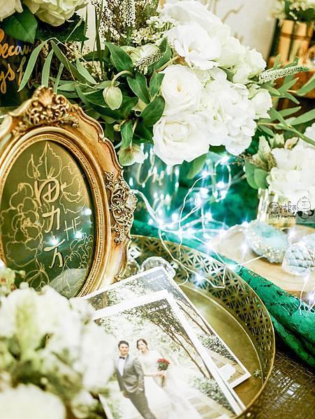 白綠金紙花x自然華麗風 婚禮佈置 收禮桌 孟原%26;思穎 01.jpg