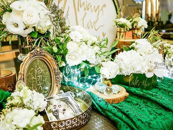 白綠金紙花x自然華麗風 婚禮佈置 收禮桌 孟原%26;思穎 02.jpg