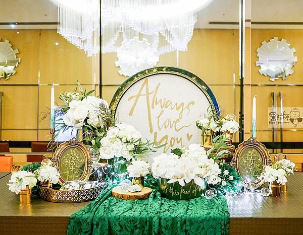 白綠金紙花x自然華麗風 婚禮佈置 收禮桌 孟原%26;思穎 08.jpg