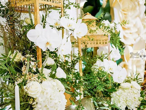 白綠金紙花x自然華麗風 婚禮佈置 相簿桌 孟原%26;思穎 01.jpg