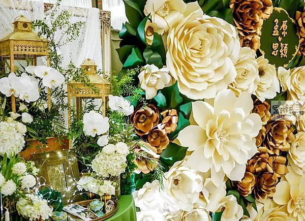 白綠金紙花x自然華麗風 婚禮佈置 相簿桌 孟原%26;思穎 08.jpg