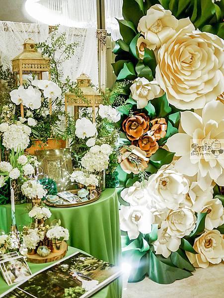 白綠金紙花x自然華麗風 婚禮佈置 相簿桌 孟原%26;思穎 06.jpg