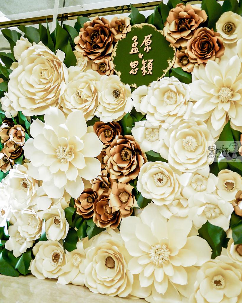 白綠金紙花x自然華麗風 婚禮佈置 紙花牆 孟原%26;思穎 02.jpg