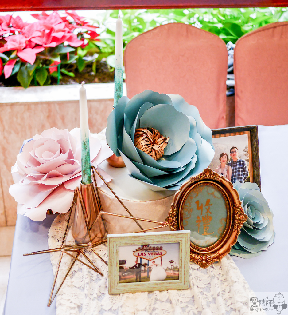 淺紫x奶白x復古藍優雅紙花 婚禮佈置  收禮桌 豪%26;韻.jpg