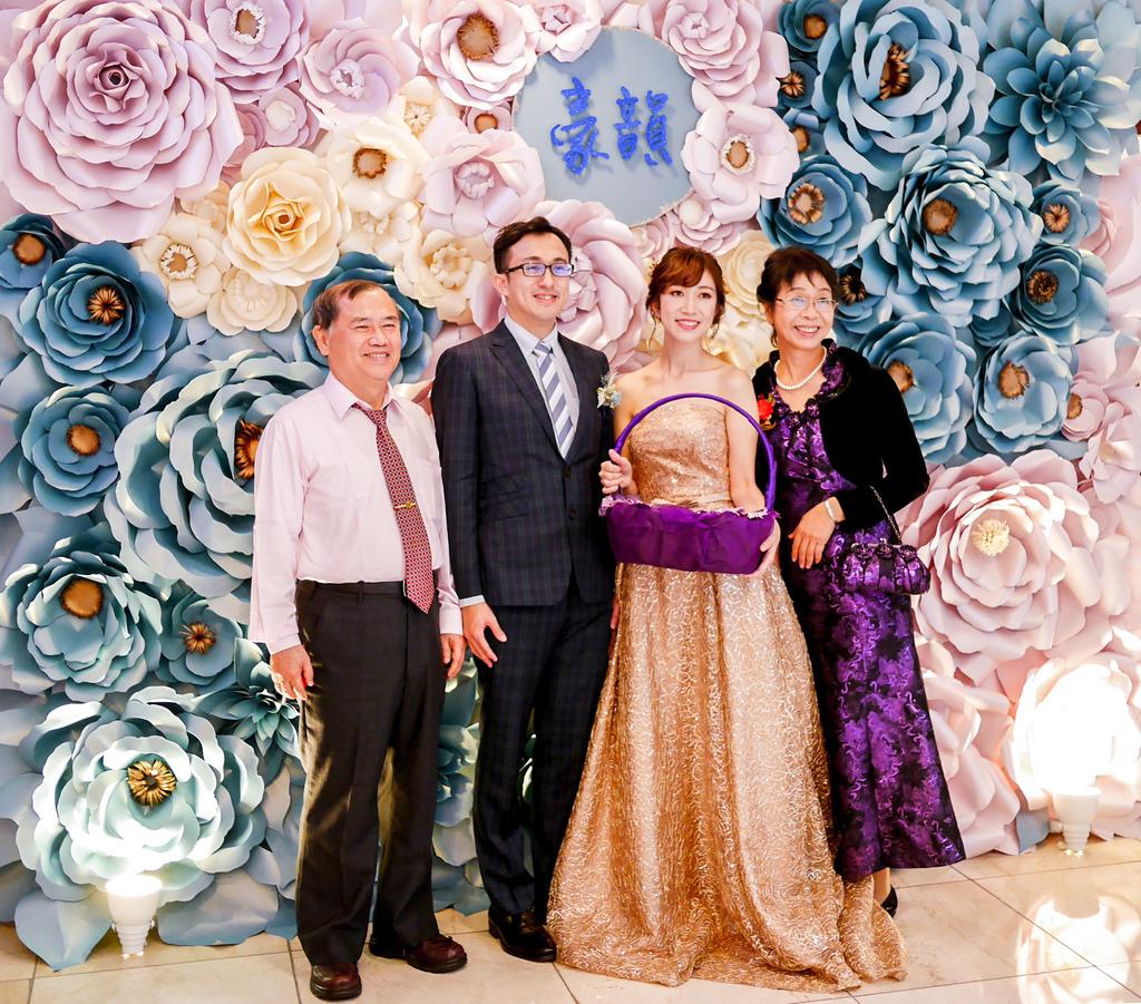 淺紫x奶白x復古藍優雅紙花 婚禮佈置  豪%26;韻 06.jpg