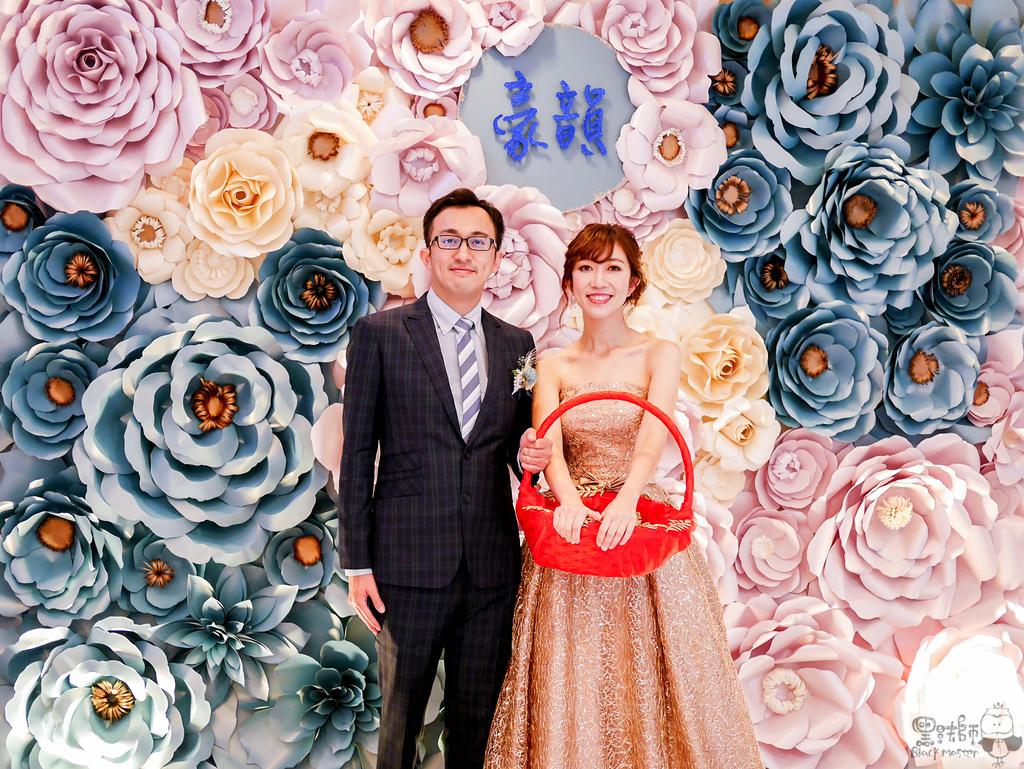 淺紫x奶白x復古藍優雅紙花 婚禮佈置  豪%26;韻.jpg