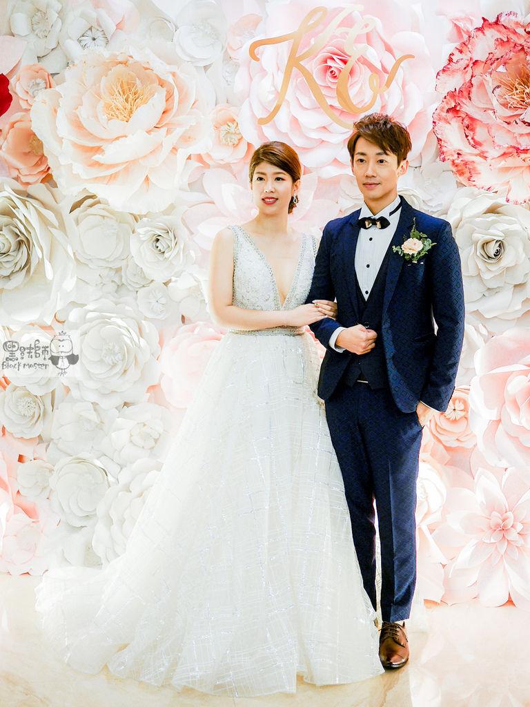白粉色的優雅x紙花婚禮佈置 Kenny%26;Eliza 02.jpg