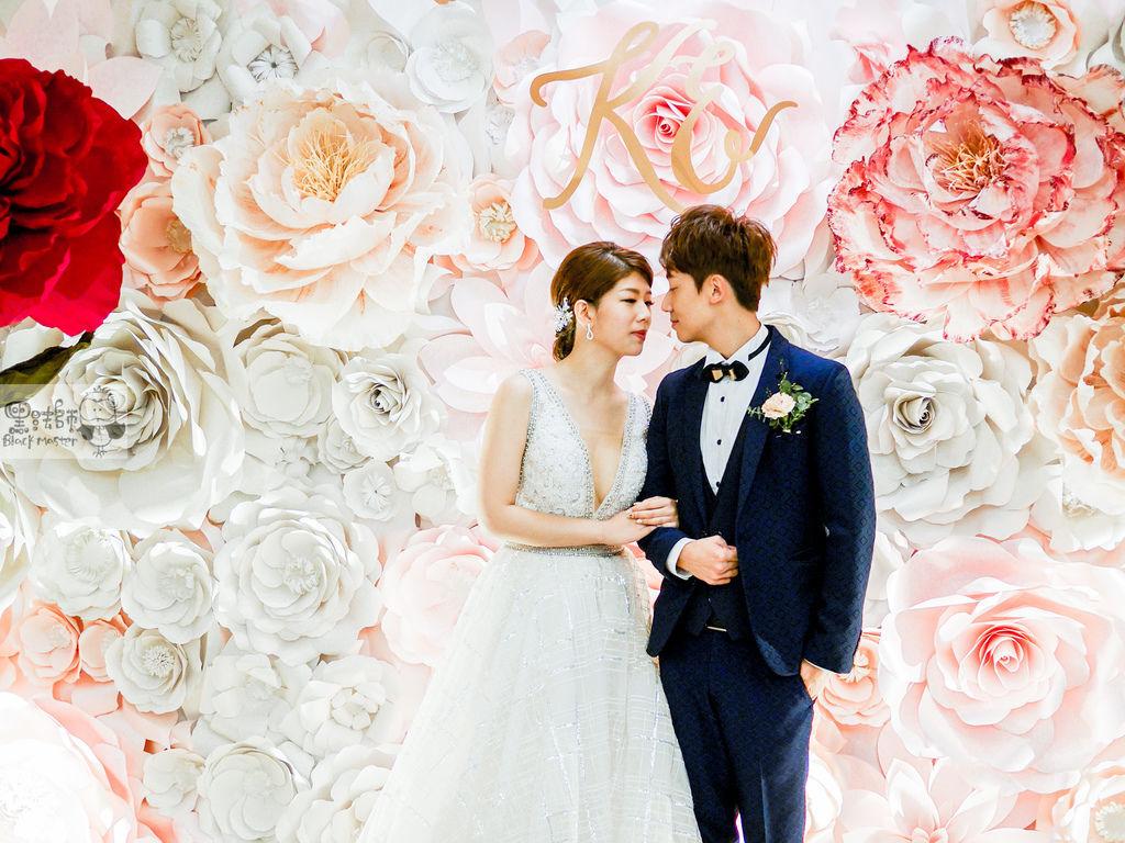 白粉色的優雅x紙花婚禮佈置 Kenny%26;Eliza 01.jpg