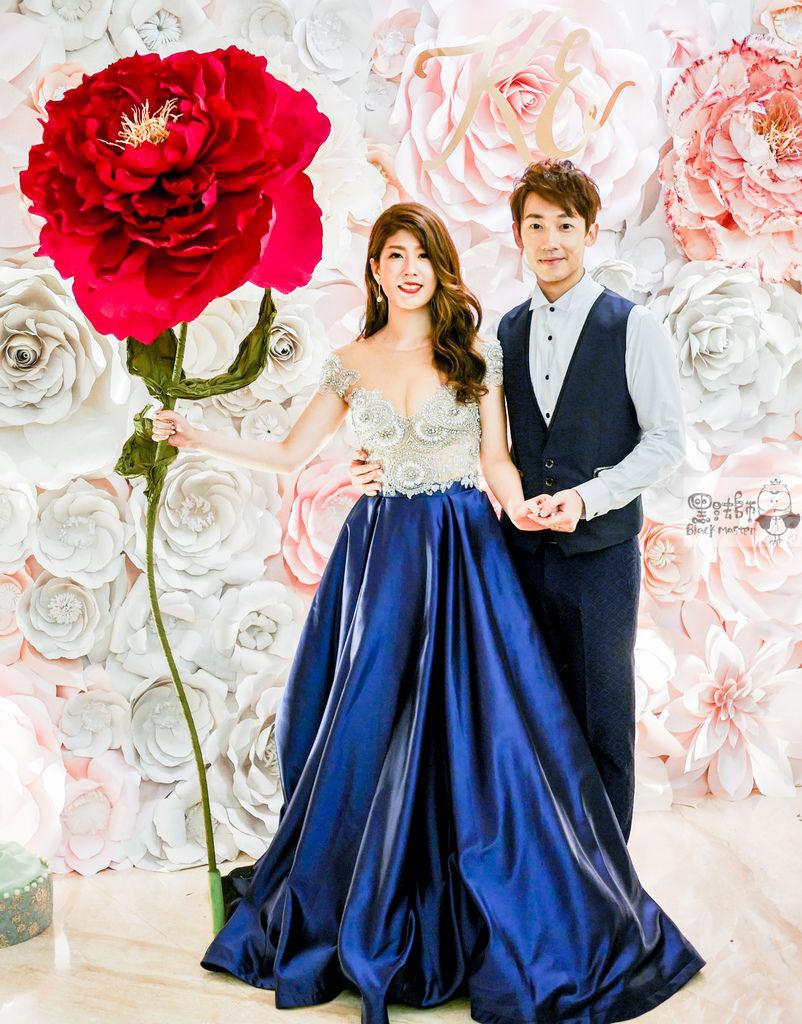 白粉色的優雅x紙花婚禮佈置 Kenny%26;Eliza 07.jpg