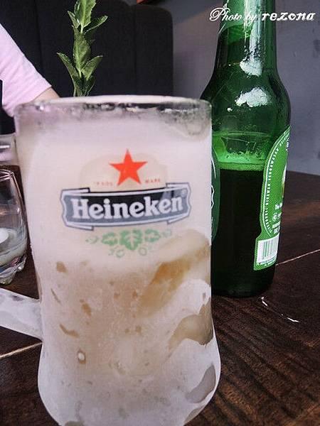 真的熱!!連杯子都要冰的才能解渴