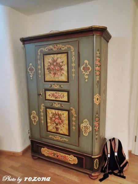 我很喜歡這個衣櫃,好鄉村