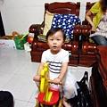 芝茜發現..新玩具!!