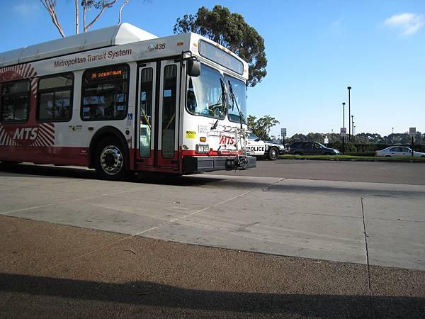 MTS公車