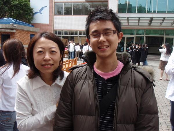 媽媽與兒子.JPG