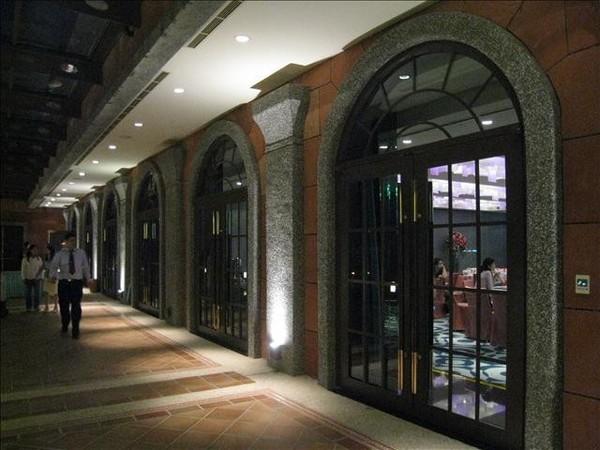 宴會廳外圍走廊