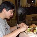NT380 的巨大漢堡