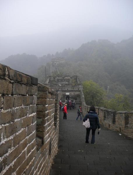 wall05.jpg