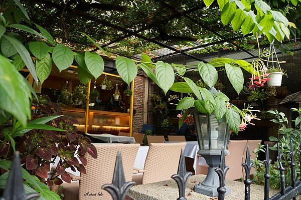 1403357601 63859327 n - [熱血採訪]台中吃到飽 吉凡尼的花園 樂活的蔬食早午餐 甜點好好吃