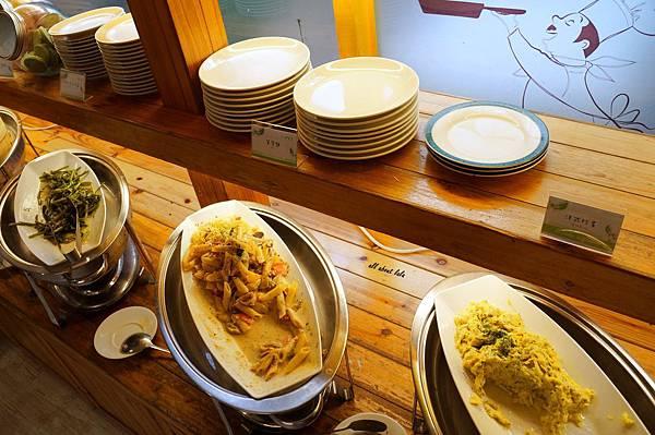 1403422883 2391861027 n - [熱血採訪]台中吃到飽 吉凡尼的花園 樂活的蔬食早午餐 甜點好好吃