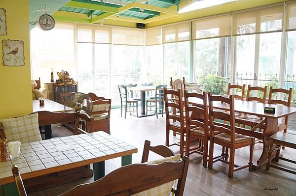 1403423971 3485744859 n - [熱血採訪]台中吃到飽 吉凡尼的花園 樂活的蔬食早午餐 甜點好好吃